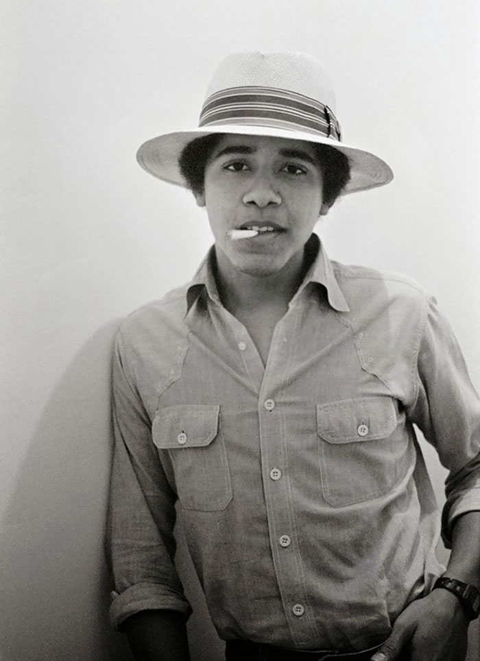Barack Obama, Age 18