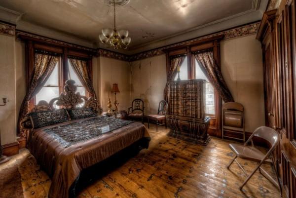7bedroom2-600x401