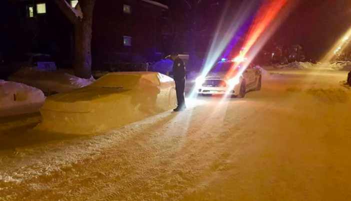 Policeman Tries To Give Car Made Of Snow A Parking Ticket Screen Shot 2018 01 19 at 12.46.41 702x403